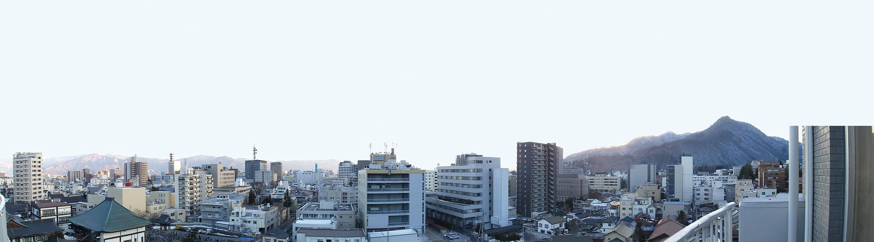 リフォームを施した長野市南長野諏訪町の中古マンションからの眺め。